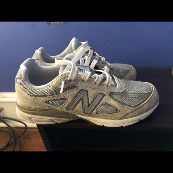 sports shoes 0505e a6528 New Balance 990v4